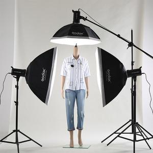 教你摄影棚如何打光 在家拍出干净的光线效果